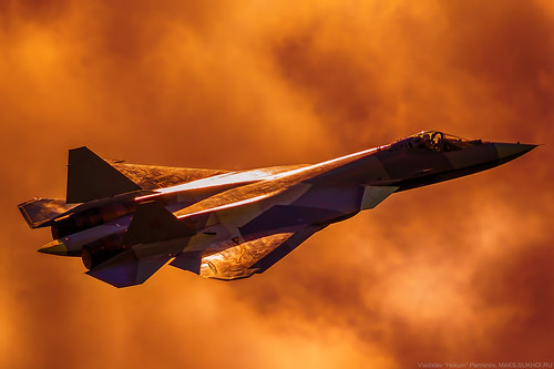 "Su-57 (T-50-2, ""052""), MAKS'2017, in the colors of the apocalypse :)"
