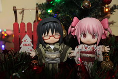 Merry Christmas!!! (Ninotpetrificat) Tags: merrychristmas christmas cupoche cute kawaii navidad nadal trineo kotobukiya kimono weihnachten madoka homura anime manga figure japantoys toys