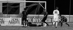 2017.10.26 SDSU M Soccer v Washington-407 (bamoffitteventphotos) Tags: 00adamallmaras 15alongrod 2spencermadden 2017 2017menssoccer 2017sdsumenssoccer 2017uwmenssoccer 3macclarke 98blakebodily aztecs california danahillscalifornia danahillshighschool eagleidaho emeraldridgehighschool huskies lacostacanyonhighschool makifhethighschool ncaa ncaasoccer nike nikesoccer northamerica october october26 pac12 pac12soccer puyallupwashington rishonlezionisrael sdsu sandiego sandiegostateuniversity sportsdeck tigardhighschool usa universityofwashington art athlete athletics calcio collegesoccer defender dejection disappointment emotion football freshman futbol goal goalkeeper menssoccer midfielder photography redshirtfreshman redshirtjunior redshirtsenior score soccer soccernet soccerphotography sophomore sports sportsphotography blackandwhitephotography blackandwhite actionphotography soccerplayer