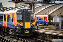 LondonWaterlooRailStation2017.10.31-44 (Robert Mann MA Photography) Tags: londonwaterloorailstation londonwaterloostation londonwaterloo waterloorailstation waterloostation waterloo lambeth londonboroughoflambeth london greaterlondon station trainstation trainstations railwaystation railstation railwaystations railstations railway railways architecture train trains city centre cities londoncitycentre 2017 tuesday autumn 31stoctober2017 networkrail networkrailwaterloo southwesttrains southwesternrailway class450 desiro class450desiro class444 class444desiro class707 desirocity class707desirocity class458 juniper class458juniper class455 class456 class159 southwesternturbo class159southwesternturbo