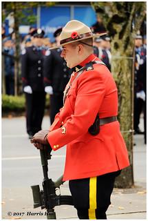 When You Wear An Uniform - Remembrance XT5111e