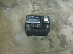 2009-2017 Volkswagen Tiguan 12V Automotive Battery Removed - Replace With New Battery (paul79uf) Tags: 2009 2010 2011 2012 2013 2014 2015 2016 2017 vw volkswagen tiguan 12v 12 volt car battery automotive group size change changing part number como hacer cambiar bateria pila engine bay motor