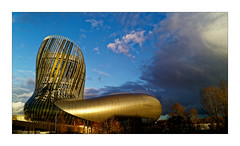 La Cité du Vin (Jean-Louis DUMAS) Tags: vin architecture architecte art artist artiste artistique artistic architect building bâtiment sky ciel bordeaux abstrait abstraction trip travel abstract sun sunlight