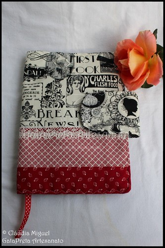 "Capa de livros ""Black&Red Vintage"""
