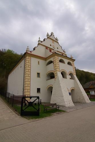 Spichlerz Ulanowskich (Puławska 54) od północnego zachodu