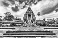 Pura Taman Ayun Tempelanlage (BBQMaster_CGN) Tags: bw schwarz weis weiss tempel temple tempelanlage black white weitwinkel tilt shift