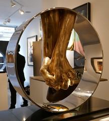 Lorenzo Quinn, Love (jacquemart) Tags: halcyongallery newbondstreet london mayfair gallery sculpture lorenzoquinn love