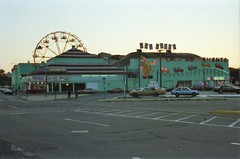 Palace Amusements Asbury Park 1988 (Meredith Jacobson Marciano) Tags: amusements asburypark arcade boardwalk