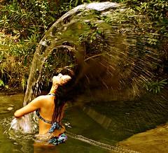 Juegos de agua (portalealba) Tags: cómpeta axarquía málaga andalucía españa spain portalealba pentax pentaxk50 1001nights 1001nightsmagiccity