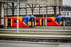 LondonWaterlooRailStation2017.10.31-68 (Robert Mann MA Photography) Tags: londonwaterloorailstation londonwaterloostation londonwaterloo waterloorailstation waterloostation waterloo lambeth londonboroughoflambeth london greaterlondon station trainstation trainstations railwaystation railstation railwaystations railstations railway railways architecture train trains city centre cities londoncitycentre 2017 tuesday autumn 31stoctober2017 networkrail networkrailwaterloo southwesttrains southwesternrailway class450 desiro class450desiro class444 class444desiro class707 desirocity class707desirocity class458 juniper class458juniper class455 class456 class159 southwesternturbo class159southwesternturbo