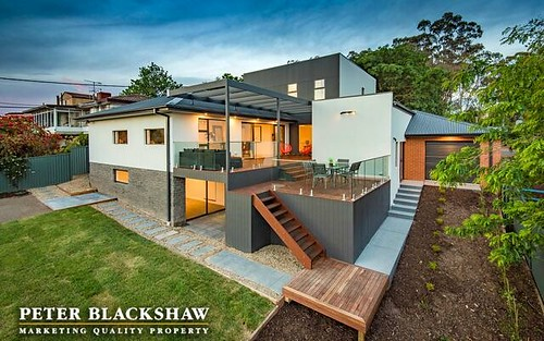 13 Deloraine St, Lyons ACT 2606