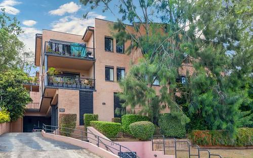 13/52-54 Holden Street, Gosford NSW