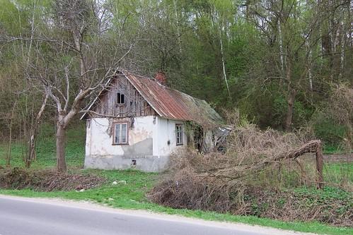Domek (Kazimierska) między Bochotnicą a Kazimierzem