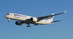 OH-LWB Heathrow 25-11-17 (IanL2) Tags: finnair airbus a350 london heathrow airport aircraft airliners ohlwb