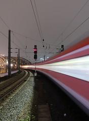 Köln HBF (schromann) Tags: köln cologne train trains station hauptbahnhof main bridge time exposure evening fog nebel hohenzollern brücke eisenbahn bahn long zeitaufnahme lange belichtung zug
