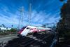 彩繪普悠瑪 (lwj54168) Tags: 彩繪普悠瑪 火車 鐵道 藍天 白雲 白 紅 影