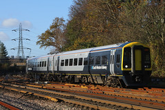 158888, Southampton, November 23rd 2017 (Southsea_Matt) Tags: rail railway railroad train passengertravel publictransport vehicle november 2017 autumn canon 80d sigma 1850mm class158 158888 158802 brel sprinter southamptoncentral hampshire dmu dieselmultipleunit first mtr southwesternrailway romsey salisbury