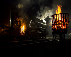 Keeping warm (Nigel Valentine) Tags: 60009 a4 gresley union south africa fire steam yard locomotive