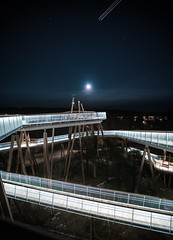 Stovnertårnet (Lundeful) Tags: oslo norway landscape cityscape architecture tower lookout skybridge sky cloud stars trail plane moon forest trees bridge lights long exposure canon sony a7rii a7 ef fe 1635 wide angle night walkway