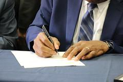 $15/hr Bill Signing