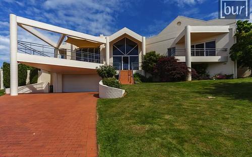 4 Maynet Pl, West Albury NSW 2640