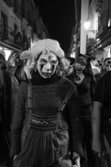 7MZ Looks (serie) (Julián del Nogal) Tags: halloween look looks expression expressions zombi zombis character characters parade street streetphotography