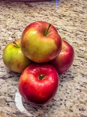 IdaRed_apples-4_MaxHDR (old_hippy1948) Tags: apples idared
