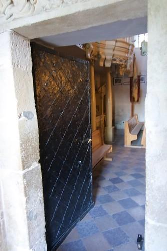 Blacha drzwi w portalu południowym kościoła św. Mikołaja w Wysocicach