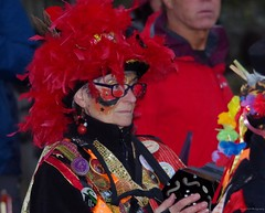 castleton morris dancers 2017 christmas lights switch on  (13) (Simon Dell Photography) Tags: powder kegs morris dancers castleton derbyshire countryside peak district simon dell photography autumn winter 2017 old english village christmas lights switch november street xmas tree decorations church peveril castle river house town