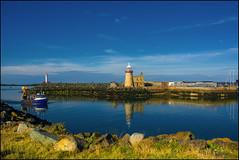 Hafen in Howth, Ireland (angelofruhr) Tags: leuchtturm lighthouse hafen reflexion boote