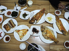 Korean fish dishes (MelindaChan ^..^) Tags: busan skorea 釜山 fried fish food eat seafood chanmelmel mel melinda melindachan meal dinner lunch korean