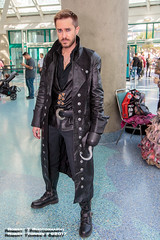 2017-10-28-LACC-87 (Robert T Photography) Tags: roberttorres robertt robert torres roberttphotography serrota serrotatauren canon losangelesconventioncenter stanleeslosangelescomiccon stanleeslosangelescomiccon2017 lacc comikaze comikazeexpo comikaze2017 cosplay ouat onceuponatime disney onceuponacosplay