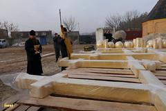 23. Установка крестов на храм святых мучениц 15.12.2014