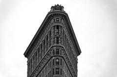 FlatIron (Leguman vs the Blender) Tags: nyc midtown manhattan flatiron usa newyork nikond90 bw