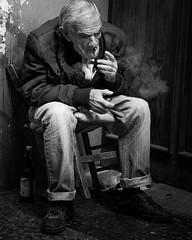Il Fumatore (XBeauPhoto) Tags: ageing bw italy oct2017 blackwhite documentary italia monochrome naples napoli oldman smoke smoker street streetphoto streetphotography urbanstreet weathered