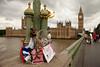 Memorial on Westminster Bridge (Devon OpdenDries) Tags: london england uk britain british tourism travel city exploring canon5dmkii tourist thames river elizabethtower bigben clocktower
