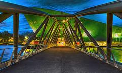 NEMO Amsterdam (PokemonaDeChroma) Tags: nemo sciencemuseum bridge dusk access structure architecture building amsterdam holland netherlands hdr bracketting canon eos6d 24105mm ef24105mmf3556isstmoctober 2017 nederland