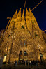 Esperando para entrar (SantiMB.Photos) Tags: 2blog 2tumblr 2ig sagradafamília gaudí geo:lat=4140399811 geo:lon=217486382 geotagged barcelona cataluna españa esp