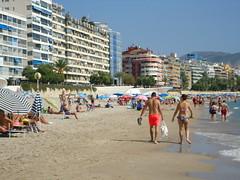 BENIDORM - OCTOBER 2017 (CovBoy2007) Tags: spain espania spanish costablanca benidorm beach poniente ponientebeach promenade playadeponiente playaponiente playa mediterranean med gay