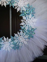 A little inexpensive white tulle and some Dollar Tree glittery snowflakes and... Voila! Winter wreath! (Home Decor and Fashion) Tags: and dollar glittery inexpensive little snowflakes some tree tulle voila white winter wreath
