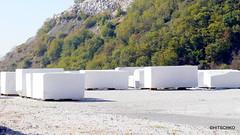 Carrara - berühmt für den weissen Carrara-Marmor (HITSCHKO) Tags: italien toscana toskana carrara massacarrara regiontoskana carraramarmor marmor steinbruch