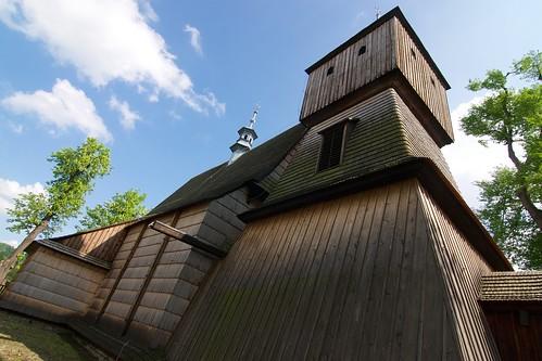 Kościół Wszystkich Świętych w Bliznem od północnego zachodu