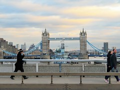 A bridge too far ? (Le monde d'aujourd'hui) Tags: brexit ireland north south crossing border division eu londonbridge cityoflondon hmsbelfast city river thames england bridge tower towerbridge destroyer warship ww2 royalnavy riverthames bordercrossing conceptual photgraphty conceptualpgotogtaphy towers twintowers concept europeancommunity britain greatbritain uncertainty abridgetoofar negotiations stalemate 11