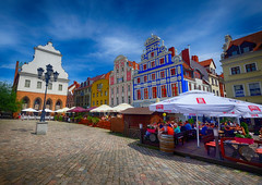 Town Square in Szczecin, Poland (` Toshio ') Tags: toshio szczecin poland polish square townsquare cafe oldtown architecture europe european europeanunion restaurant city fujixe2 xe2