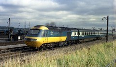 253008 is seen leaving Didcot Station with a west bound service in the late seventies. I Cuthbertson collection (I C railway photo's) Tags: class43 tram hst 125 253008 didcot intercity train