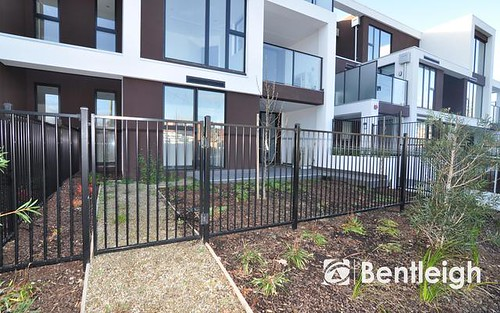 204/1-3 Oaklands Court, Highett Vic 3190