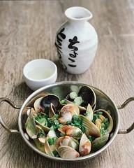 Clams in sake (Alex Xuan Bach Tran) Tags: sake clams food