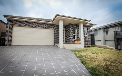 147 Robey Avenue, Middleton Grange NSW