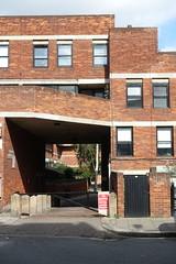Lillington Garden, Housing, Pimlico, London 12 (Iqbal Aalam) Tags: london pimlico councilhousing darbourneanddarke competitionwinner gradeiilisted conservationarea