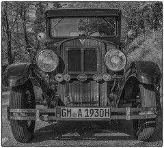 Journey back in time in 1930 (Francis =Photography=) Tags: adler car voiture deutschland germany allemagne automobile oldcar adlerstandard6 1930 voituredecollection classiccar oldtimer